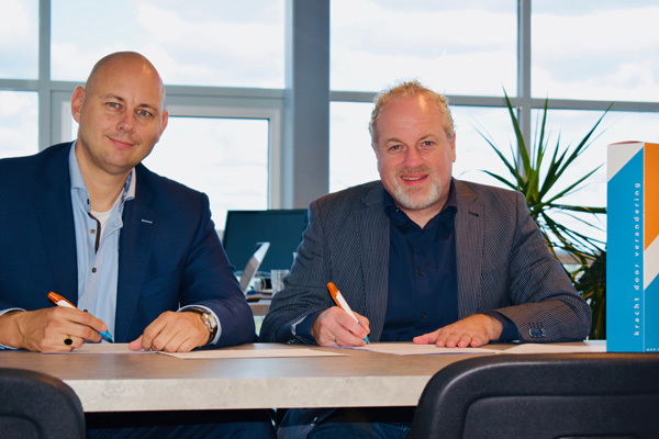 Personal & Business Improvement en CINX tekenen partnership